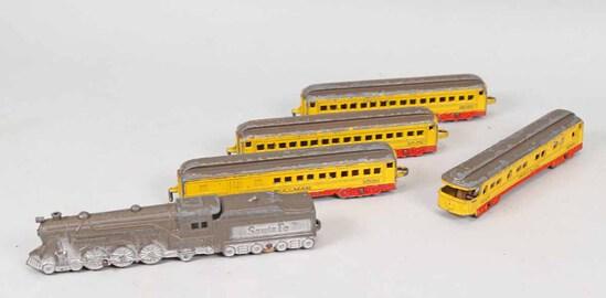 Vintage Tootsie Toy Santa Fe Locomotive w/ 4 Pullman Passenger Cars