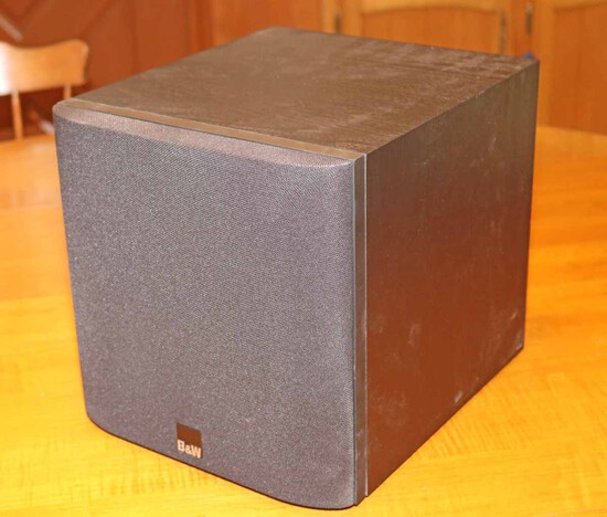 Bower & Wilkins Subwoofer ASW608