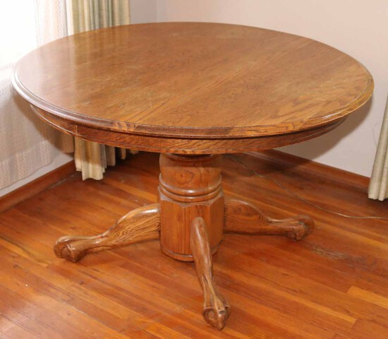 Round Oak Finished Table w/ Claw Feet