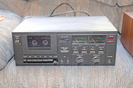 TEAC A-103 Stereo Cassette Deck
