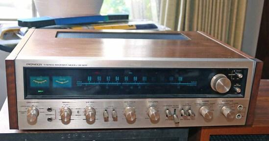 Vintage Pioneer Stereo Receiver, Model SX-828