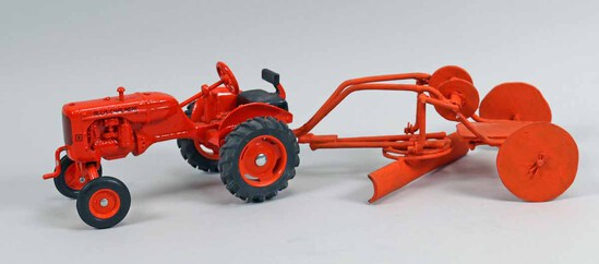 Ertl DieCast Allis Chalmers Forty-Five (45) Motor Grader, 1/25th Scale