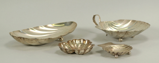 Sterling Silver Table Items, 235 Grams