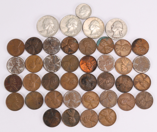 Misc. Bag of collectible coins; 36 Wheat pennies, 3 Silver Quarters, 1 Silver Dime