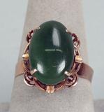 10k Gold Ladies Ring - Jade Colored Stone, Sz. 9, 4 Grams