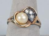 14k Pearl w/ 3 Diamonds Ring, Sz. 8.5, 4.8 Grams