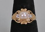14k Gold Pearl Ring w/ Fillagree, Sz. 8, 3.4 Grams