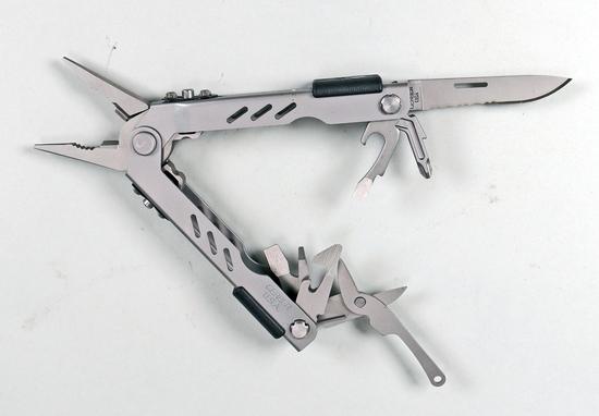 Gerber USA  Multi Tool w/ Sheaf