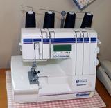 Husqvarna Viking Huskylock 910 Sewing Machine