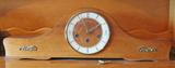 Mantle Clock w/ Deco Style Face