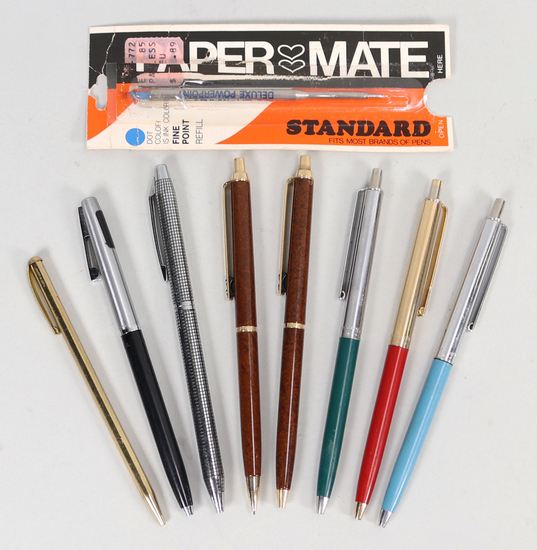 Vintage Lot of Pens & Pencils w/1 Refill
