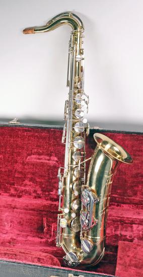 Warner Tenor Saxophone w/ Case