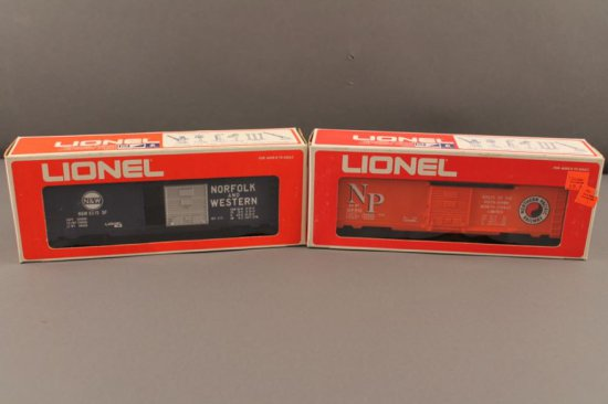 6-9770 LIONEL NORTHERN PACIFIC BOX CAR, 1976-77, NEW IN BOX; 6-9771 LIONEL