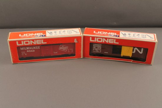 6-9718 LIONEL CANADIAN NATIONAL BOX CAR, 1973-74, 6-9731 LIONEL MILWAUKEE R
