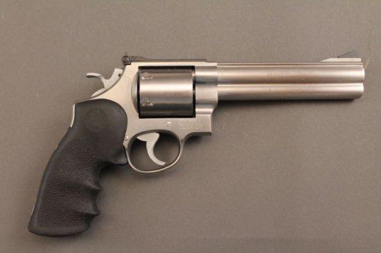 handgun SMITH & WESSON MODEL 629-3 .44CAL REVOLVER,