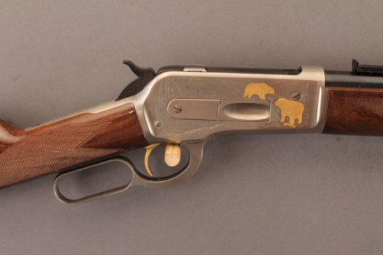 BROWNING MODEL 1886 HIGH GRADE LEVER ACTION RIFLE IN .45-70,