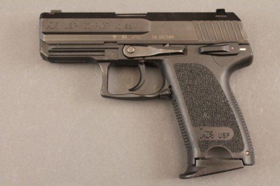 handgun H&K  USP COMPACT, 40 S&W SEMI-AUTO PISTOL,