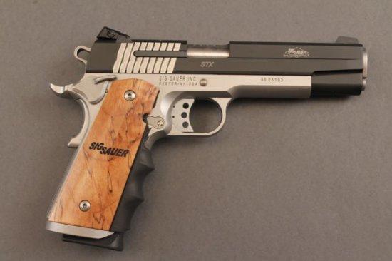 handgun HI-STANDARD H-D MILITARY SEMI-AUTO .22CAL RIFLE,