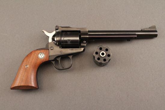 handgun RUGER NEW MODEL SINGLE SIX, .22CAL SA REVOLVER