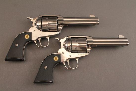 handgun PR. OF RUGER MODEL NEW VAQUERO 357 CAL REVOLVERS
