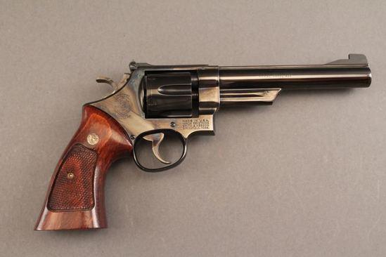 handgun SMITH & WESSON MODEL 25-2, 45 ACP.CAL REVOLVER