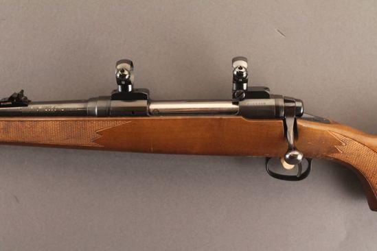 SAVAGE 110CL SERIES J, .270CAL LEFT HANDED BOLT ACTION RIFLE