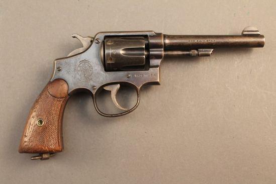 handgun SMITH & WESSON MODEL 1905, 4TH CHANGE .38 S&W REVOLVER, S#766436