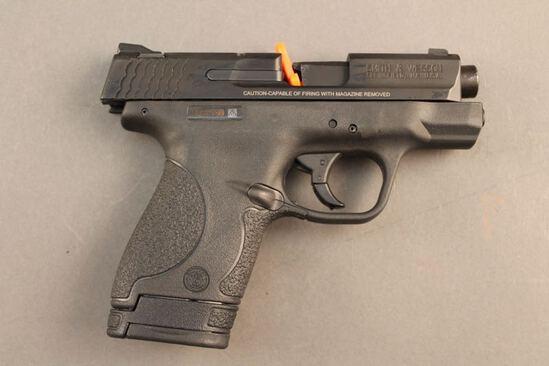 handgun SMITH & WESSON M&P, 40CAL. SEMI-AUTO PISTOL, S#HSB3708
