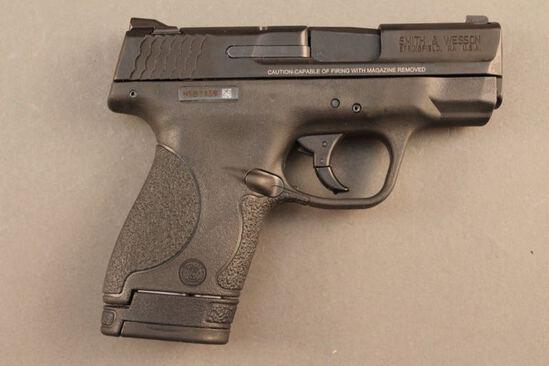 handgun SMITH & WESSON M&P, 40CAL SEMI-AUTO PISTOL, S#HSB7139