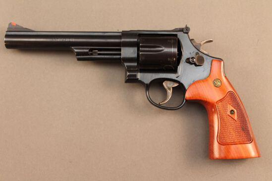 handgun SMITH & WESSON MODEL 29-10, 44MAG DA REVOLVER S#MGM0432