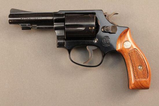 handgun SMITH & WESSON MODEL 37 AIRWEIGHT, 38SPL DA REVOLVER, S#J805671
