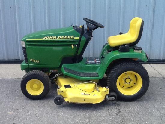 2001 JOHN DEERE GT235