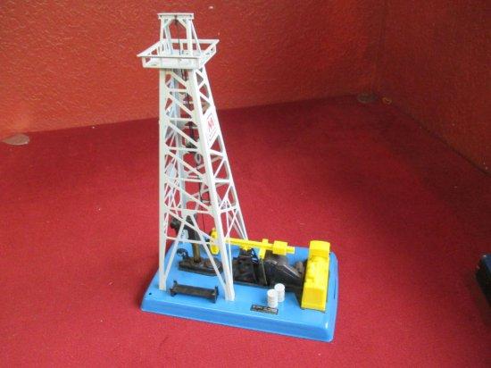 Lionel 6-12902 Oil Derrick & Pumper