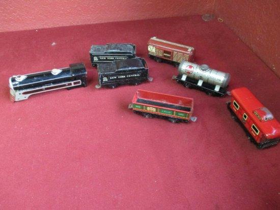 Seven Pieces Vintage Marx Train