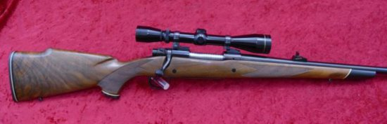 Winchester Model 70 243 cal w/ Leupold Scope