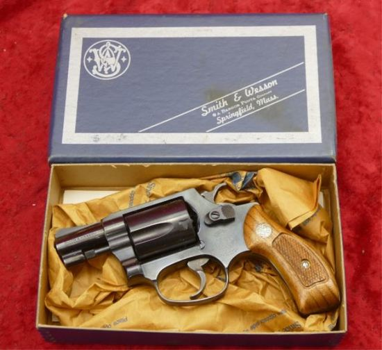 NIB Smith & Wesson Model 36 Chiefs Spec.