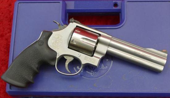 NIB Smith & Wesson 629 Classic