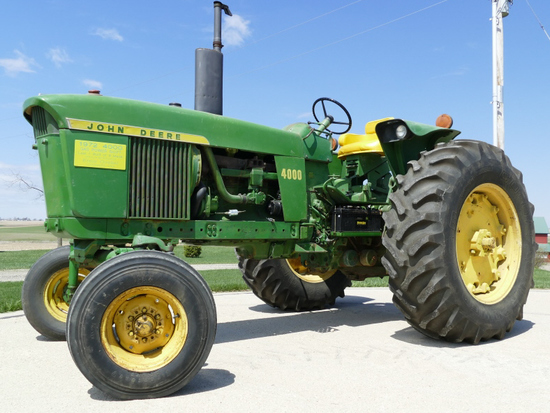 1972 4000 Gas Power Shift Tractor 1 of 9 Mfg.