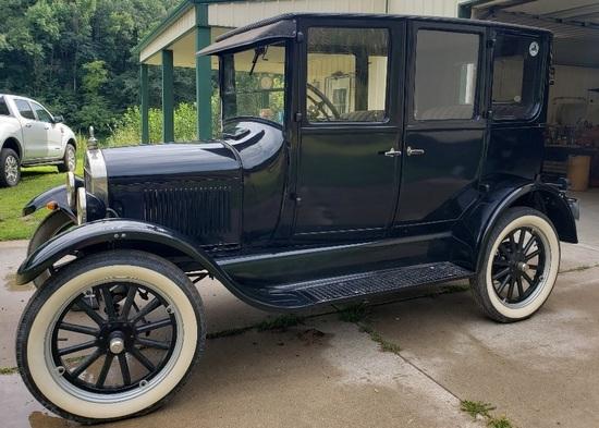 1925 4 Door Model T