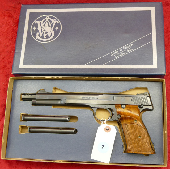 Smith & Wesson Model 41 Target Pistol in Box