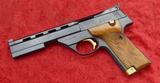 Hi Standard Victor 22 cal Target Pistol