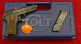Colt Commander 45 Pistol