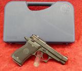Beretta Model 85F 380 cal Pistol