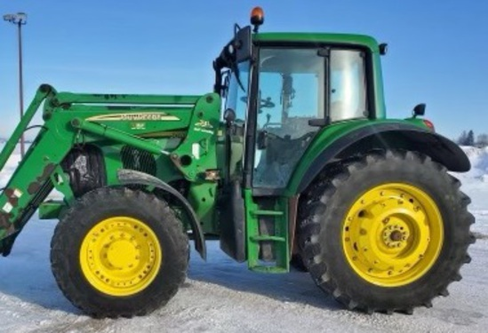 Gill Farms Tractors Machinery Auction