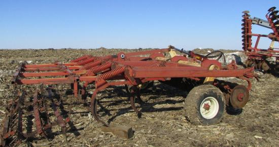 Krause 12 ft Chisel Plow
