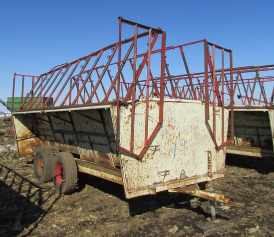 Apache 16ft creep trailer w/ adjustable gates