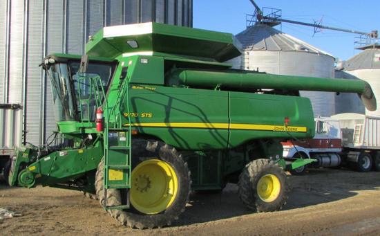 2009 John Deer 9770 STS Combine