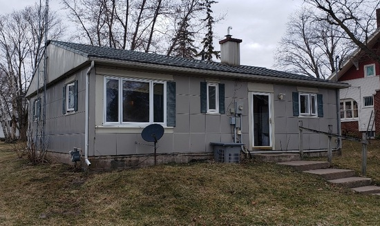 2 Bedroom Lustron Home Real Estate Auction