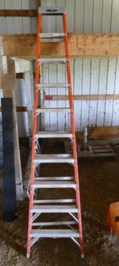 Keller 10ft Fiberglass Step Ladder