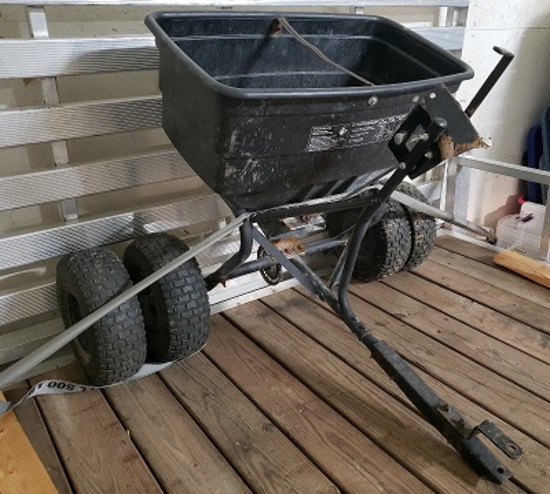 Pull type Fertilizer cart with dual wheel